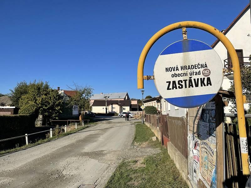 Nová Hradečná, kde je starostou lídr kandidátky Pirátů a Starostů Tomáš Müller (STAN), 9. října 2021