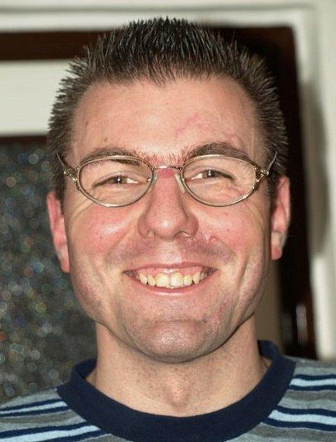 Petr Kulíšek, 36let, Litovel, skladník