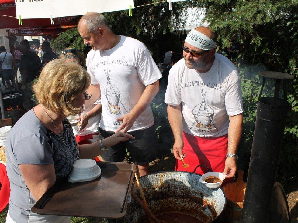 Pivní a gulášové slavnosti ve Velkém Týnci