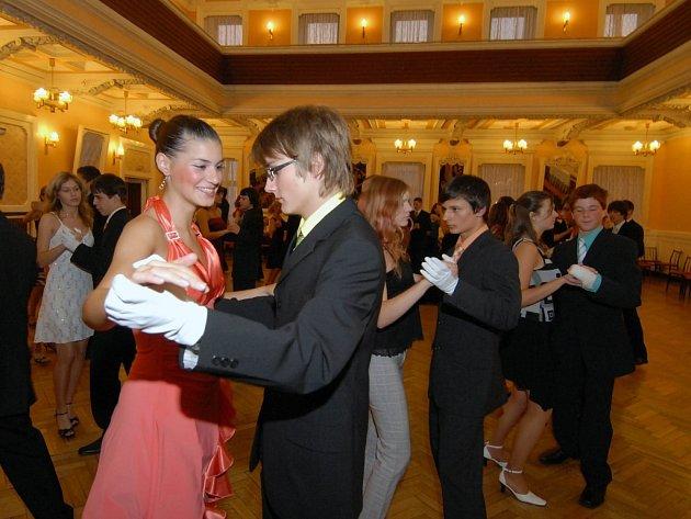 Taneční v Národním domě.