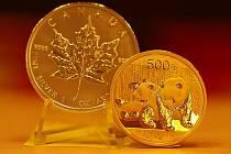 EXOTIKA LÁKÁ. Vedle u nás dobře známých amerických a rakouských investičních mincí, roste zájem i o zlaté a stříbrné mince z Kanady nebo Číny. V popředí světově známý titul Panda.