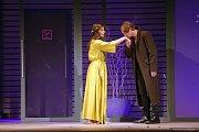 Hra Nebezpečné známosti Moravského divadla Olomouc