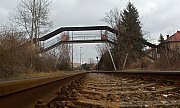 Lávka pro pěší nad železniční tratí v Olomouci-Hejčíně