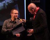 Cyklista Tomáš Kajnar vyhrál mezi handicapovanými sportovci. Vyhlášení Sportovce Olomouckého kraje za rok 2014 v Městském divadle v Prostějově