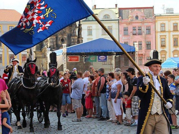 Průvod ke cti sv. Pavlíny. Svátky města Olomouce