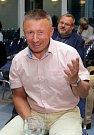 Milan Brázdil, postupující do druhého kola senátních voleb. Volební štáb ANO v olomouckém hotelu Flora