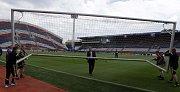 Andrův stadion v Olomouci den před prvním zápasem Eura U21