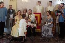 Oživení obrazu uvedení Františka Josefa na císařský trůn v Arcibiskupském paláci v Olomouci