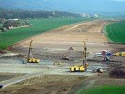 Duben 2016. Stavba dálnice D1 Lipník - Přerov u Trnávky