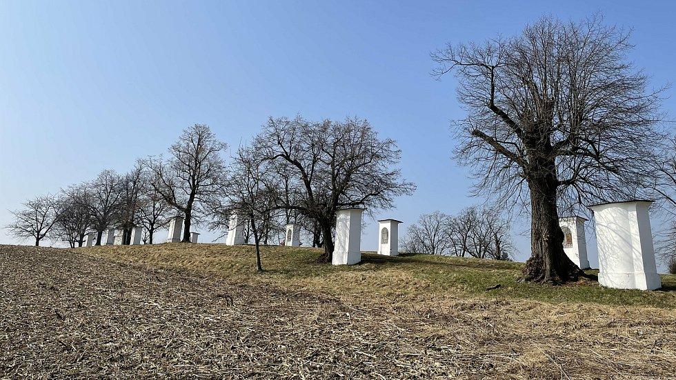 Křížová cesta v Mladějovicích, březen 2021