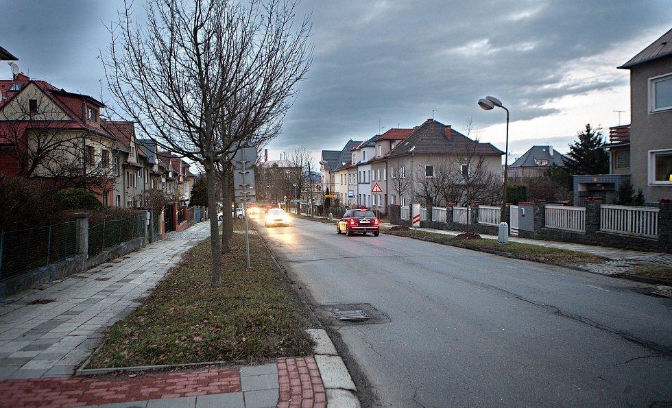 Erenburgova ulice v Olomouci před opravou v lednu 2019
