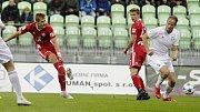 Jakub Plšek střílí gól