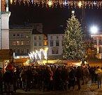 Rozsvěcení vánočního stromu v Olomouci 2016. Dostal jméno Kryštůfek