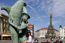 Autor Arionovy kašny v Olomouci Ivan Theimer vytvoří originální pítka pro hlavní olomoucká náměstí. Ilustrační foto