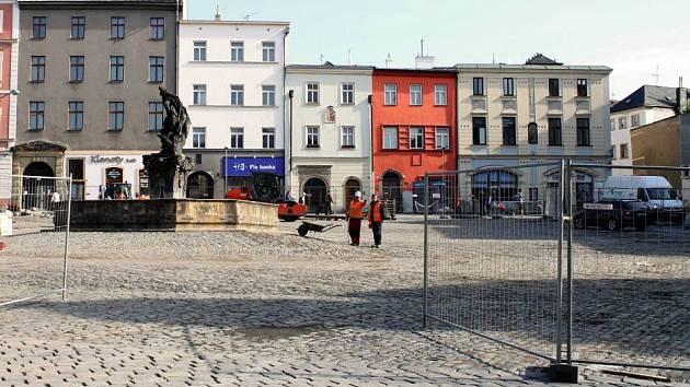 Jihozápadní část Dolního náměstí se 2. října otevře veřejnosti
