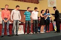 """Předávání cen vítězům soutěže """"V Olomouckém kraji jsem doma. A vždycky budu!"""" v Kongresovém sále RCO"""