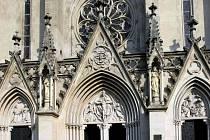 Průčelí katedrály sv. Václava v Olomouci. Ilustrační foto
