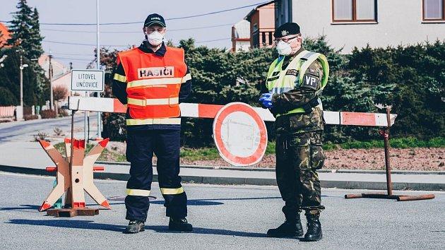 Checkpointy kolem Litovle