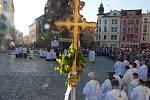 Procesí ke Svátku Božího těla v Olomouci s arcibiskupem Janem Graubnerem