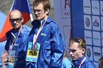 Robert Krupička (vlevo) doběhl druhý z českých zástupců na maratonu v Praze.