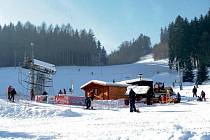 Lyžařský areál Malák v Jablonném nad Orlicí.