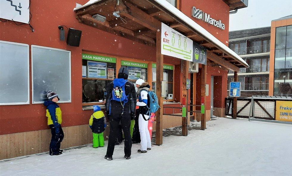 Lanovku na Sněžník ve čtvrtek 11. února znovu otevřeli