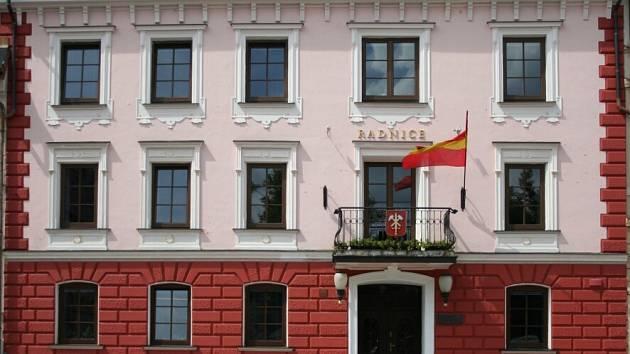 Městský úřad v Králíkách. Ilustrační foto.
