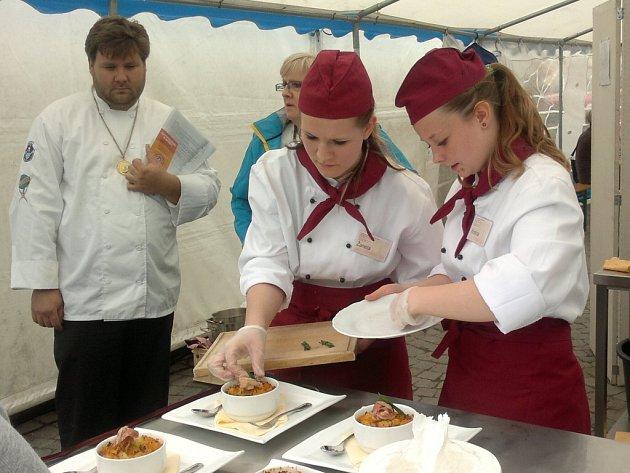Studentky z Chocně uspěly na Gastronomických slavnostech