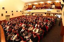 Ústí nad Orlicí si připomíná 80 let od otevření Roškotova divadla.