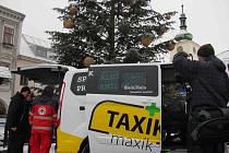 Předání Taxíku Maxíku v Ústí nad Orlicí.
