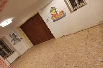 Nejstarší dům v Ústí má novou podlahu.