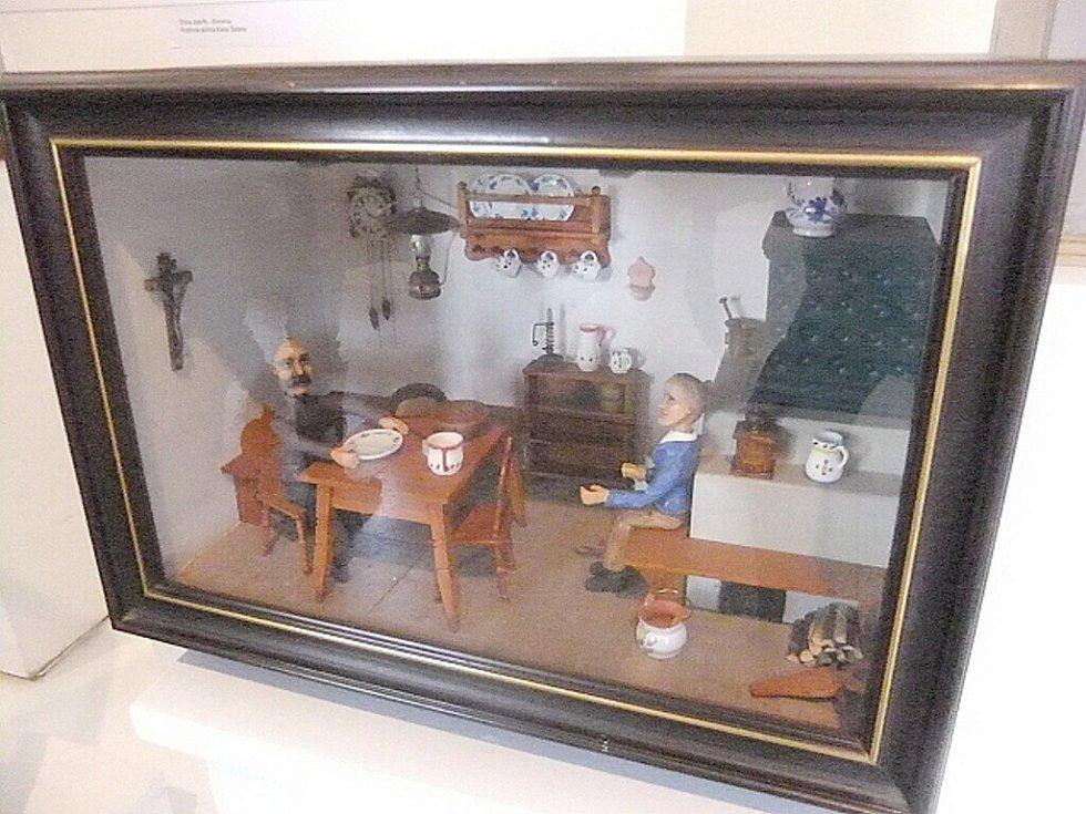 Ze zahájení výstavy Hold technice i fantazii, která představuje unikátní díla mechanika, konstruktéra, hodináře a sběratele Karla Šebely.