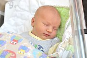 Jindřich Chaloupka se narodil 27. 11. v 1.11 hodin rodičům Kristýně a Lukášovi z Litomyšle – Pazuchy. Na svět si přinesl váhu 3,12 kg.