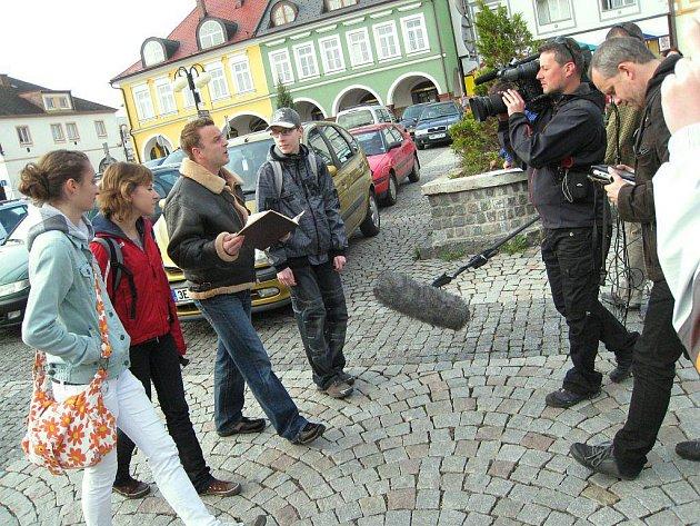 Z natáčení na českotřebovském náměstí.