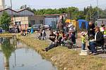 Dětské rybářské závody na rybníku Janderák v Chocni.