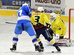 Krajská hokejová liga: HC Spartak Choceň - HC Světlá nad Sázavou.