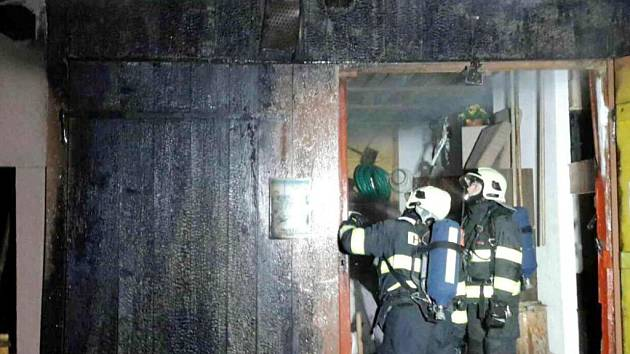 Požár rekreačního objektu v Líšnici.