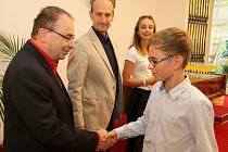 Předávání certifikátů nejprestižnější mezinárodní Cambridge English zkoušky pro nerodilé mluvčí v Ústí nad Orlicí.