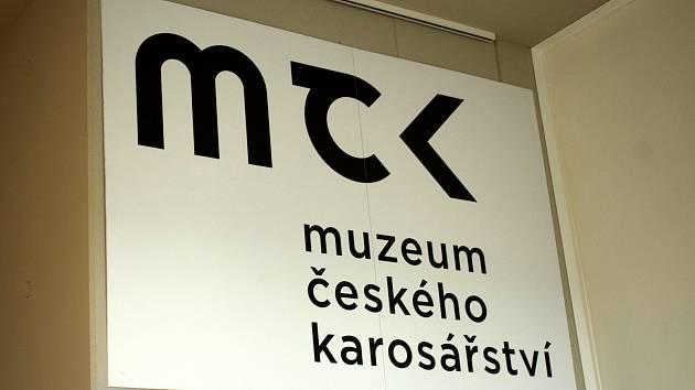 Muzeum českého karosář-ství ve Vysokém Mýtě láká na sezonní výstavu tatrovek doplněnou o 3D Baťovu pojízdnou kancelář.