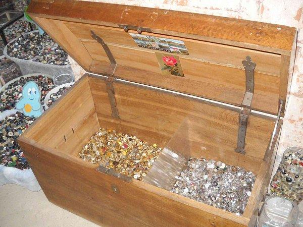 Rudoltický Zámeček se může pochlubit rozsáhlou knoflíkovou sbírkou.