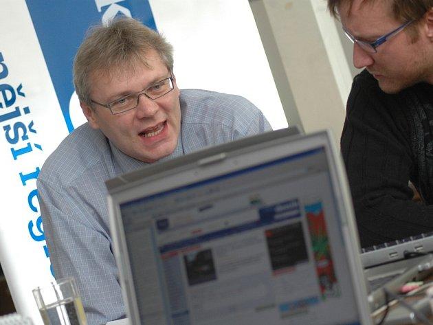 Online s Jaroslavem Zedníkem.