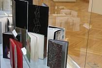 Lanškrounští knihaři vystavují na Trienále.