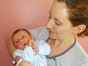 Matěj Vašíček světlo světa spatřil poprvé dne 2. 9. v 12.52 hodin. Při narození vážil 3570 g. Doma ve Strážné bude těšit Markétu Ambrožovou a Jaroslava Vašíčka.