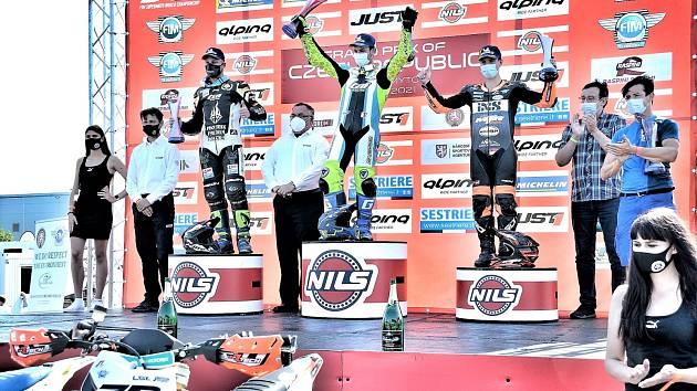Nejlepší trojlístek v hlavní kategorii S1 se rekrutoval z favorizovaných závodníků z Francie, Německa a Rakouska.
