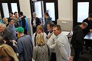 Dovolená za všechny prachy v podání ochotníků z Jablonného nad Orlicí