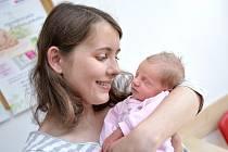 Anděla Novotná je první radostí pro Nelu a Františka z Dobré Vody. Holčička se narodila 1. 5. v 14.32 hodin a vážila 2,860 kg.