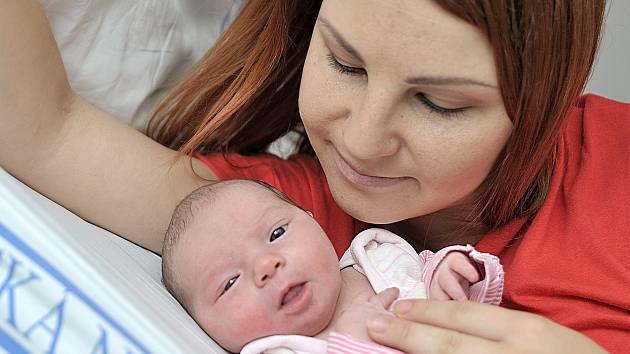 Zuzana Kučerová bude doma v Týništi nad Orlicí s rodiči Terezou a Janem. Holčička se narodila 10. listopadu v 7.39 hodin s hmotností 3,33 kg.