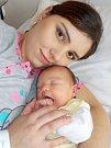 Barbora Kotyzová se narodila 15. 4. v 17.08 hodin a vážila 4160 g. Doma v Letohradu - Kunčice ji přivítají rodiče Tereza a Milan.