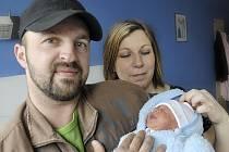 Tomáš Fogl těší rodiče Zuzanu Jurovou a Tomáše Fogla i bratra Samuela z Těchonína. Narodil se 20. 3. v 10.39 hodin s váhou 2,94 kg.