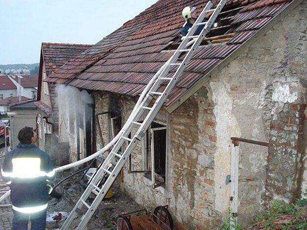 Požár domu v Chocni.
